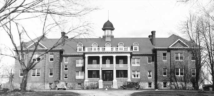 photograph of the Mohawk Institute Residential School circa 1932